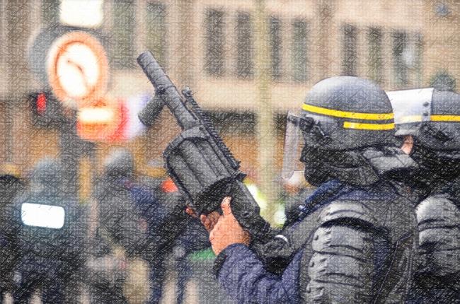 Achat de Penn Arms : l'État français agrandit sa panoplie d'armes à éborgner des manifestant-es