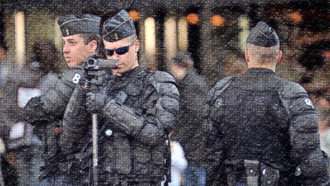 Fractale – Note et critique sur l'exploitation audio-visuelle des violences policières